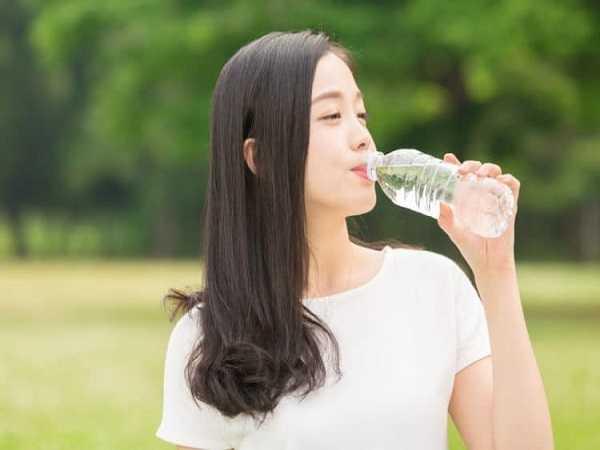 Mơ thấy uống nước nên đánh con số nào?