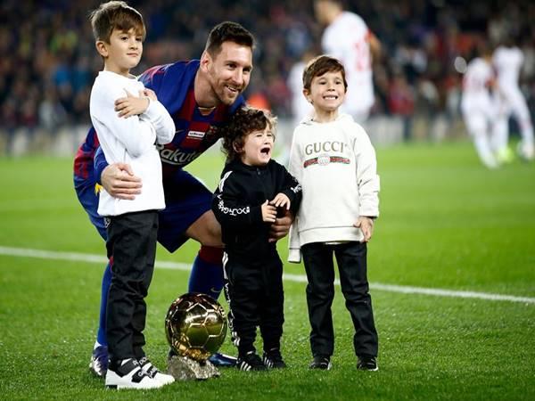 """Con trai Messi và những câu chuyện thú vị về 3 """"quý tử"""" nhà Messi"""