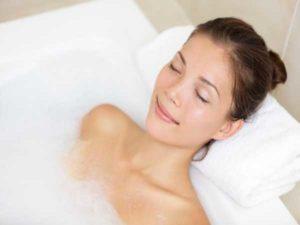 Nằm mơ thấy tắm là điềm báo hên hay xui ? Đánh số đề con gì ?