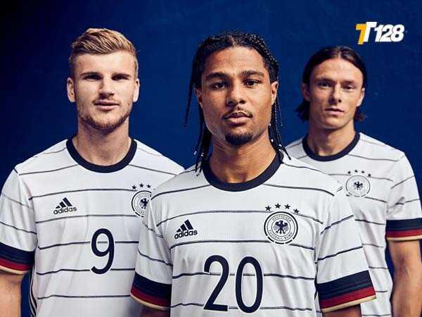 ĐTQG Đức chính thức vô địch Euro tổng cộng 3 lần