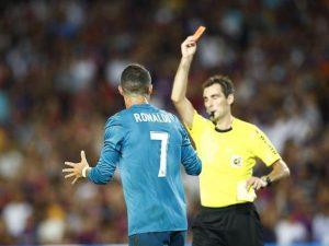 Thẻ đỏ phạt bao nhiêu tiền và mức phạt thẻ đỏ trong bóng đá